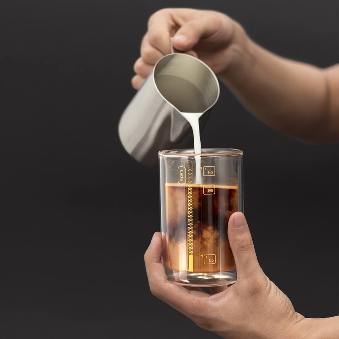 Coffee Lab Barista Cup pouring shot