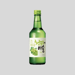 Load image into Gallery viewer, Chamisul Jinro Green Grape Soju Alcohol Delivery Singapore Cheap Soju Singapore Cheap Alcohol Singapore