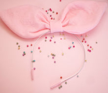 Load image into Gallery viewer, Pale Pink Shapeable Bow