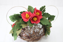 Load image into Gallery viewer, Mouse Ears inspired Mommy & Me set/felt flowers/flower/floral/island/tropical/floral headband