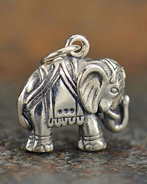 WISE ONE - Elephant Necklace