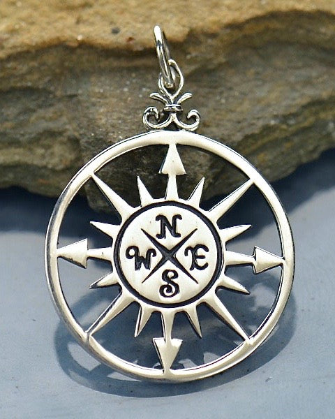 Compass Rose Silver Necklace - SACRED TRAVELER