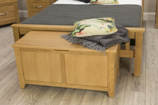 Boston Solid Oak Blanket Box - The Oak Bed Store
