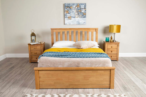 Alexander Oak Ottoman Storage Bed Frame - 4ft6 Double - The Oak Bed Store
