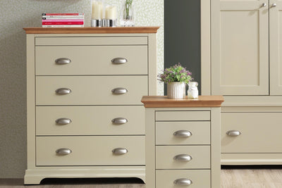 Chilgrove Cream & Medium Oak 4 + 1 Drawer Chest of Drawers - B GRADE - The Oak Bed Store