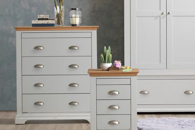 Chilgrove Light Grey & Oak 4 + 1 Drawer Chest of Drawers - B GRADE - The Oak Bed Store