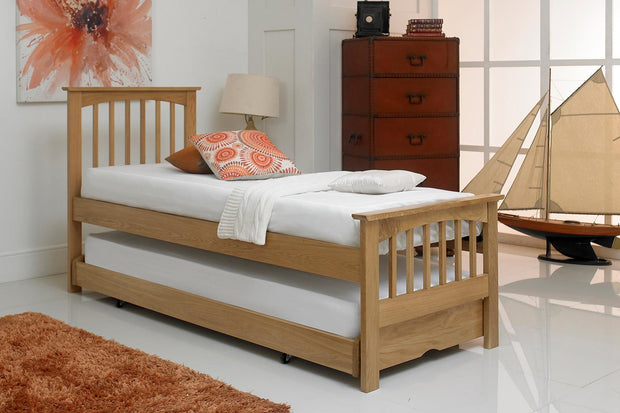 Heywood Solid Oak Guest Bed - 2ft6 Small Single - The Oak Bed Store