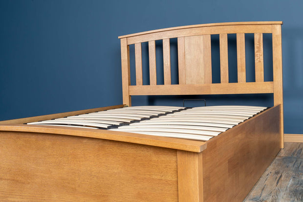 Royal Ascot Medium Oak Ottoman Storage Bed Frame - 5ft King Size