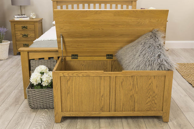 Boston Rustic Solid Oak Blanket Box - The Oak Bed Store
