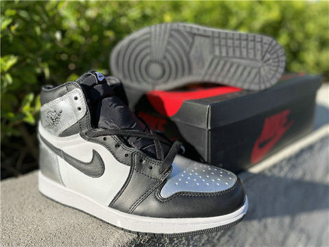 "Authentic Air Jordan 1 High OG Women's ""Silver Toe"""