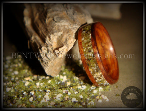 Bentwood Ring - Santos Rosewood Wood Ring with Hawaiian Papakolea Olivine Beach Sand Inlay