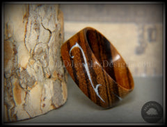 Zebrawood ring mother of pearl inlay