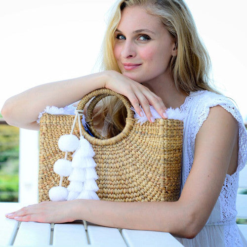 Basket Small Sq Fringe Tassel Pom White
