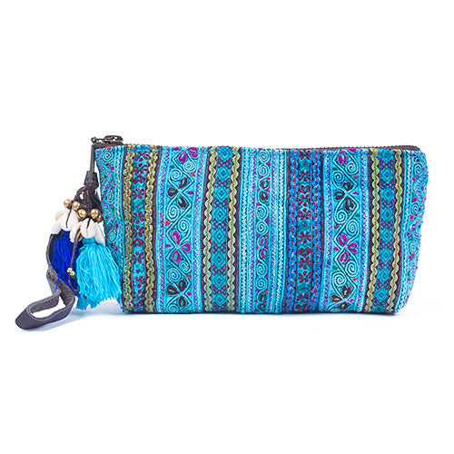 Panada Puka Shell Clutch Blue