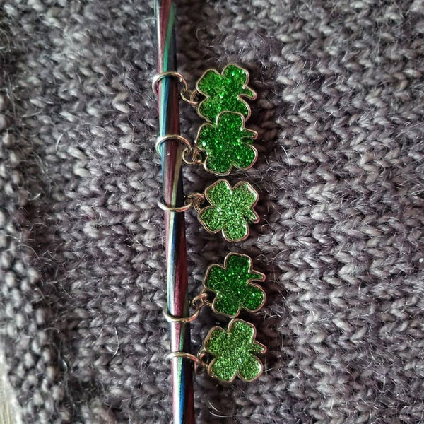 Glittery 4 Leaf Clover Progress Keeper/Stitch Makers