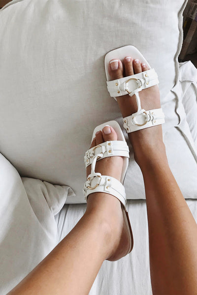 Mira Ring Slides - White