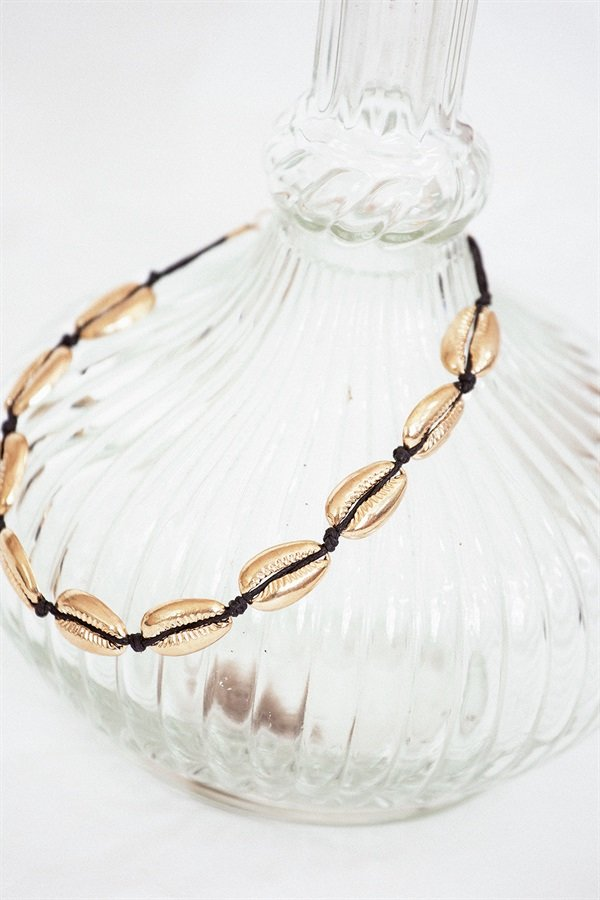 Shell Necklace - Gold
