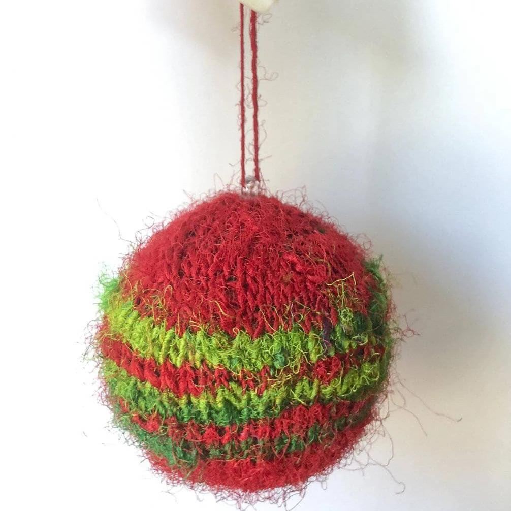 Striped Christmas Ornaments Knitting Kit-Darn Good Yarn-superbulky