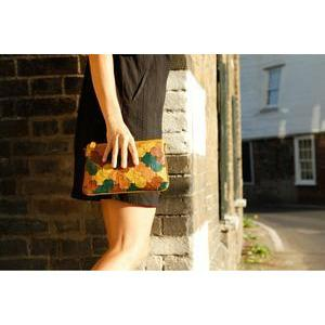 Elvis & Kresse Fire & Hide Clutch-elvisandkresse-superbulky