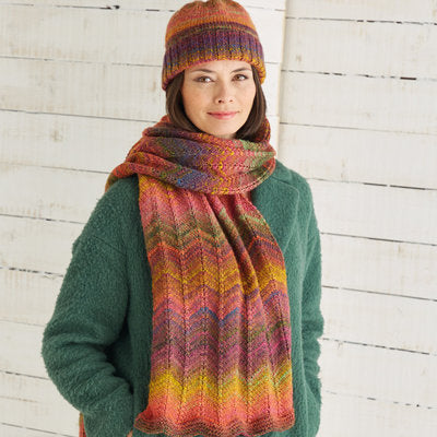 Sirdar 10027 Hat and Scarf in Jewelspun PDF