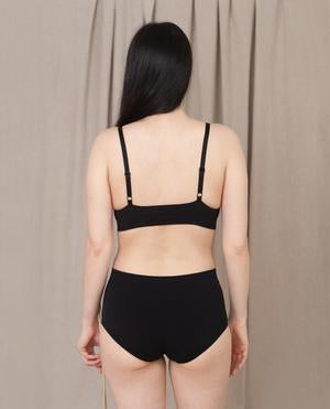 ENDIJA Organic Cotton High Waisted Knickers In Black-beaumontorganic-superbulky