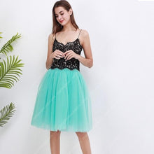 Load image into Gallery viewer, 5 Layer Midi Tulle Skirt