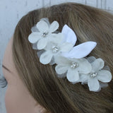 White Flower Bridal Comb with Pearl and Rhinestone Center/ Bride/ Wedding