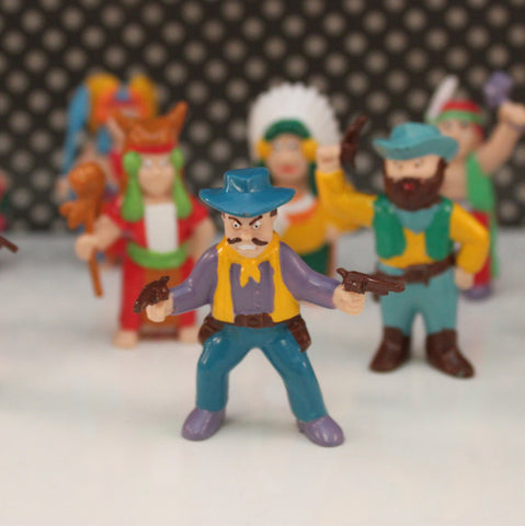 Vintage Cowboys and Indians Figurines Decorations