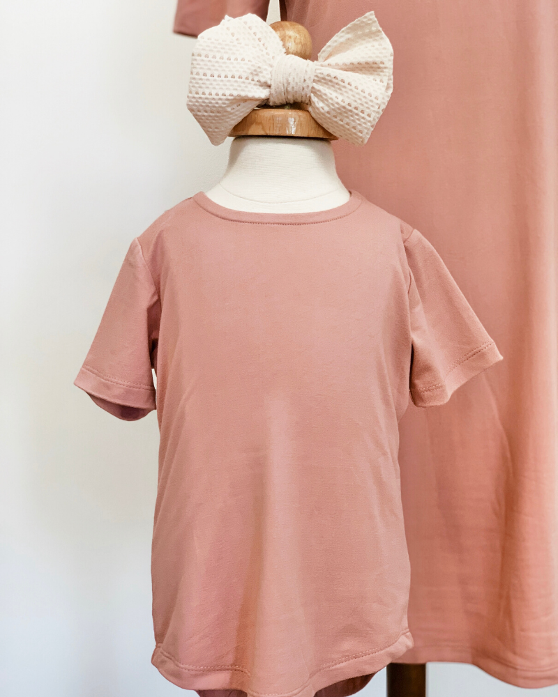 Tatum Tee Shirt Dress In Flamingo Pink
