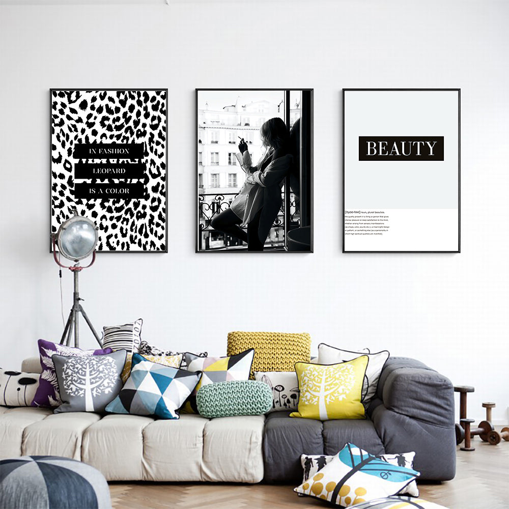 Paris Fashion Black & White Wall Art Leopard Print Beauty Poster Fine Art Canvas Print Modern Gallery Wall Pictures For Living Room Bedroom Salon Art Decor