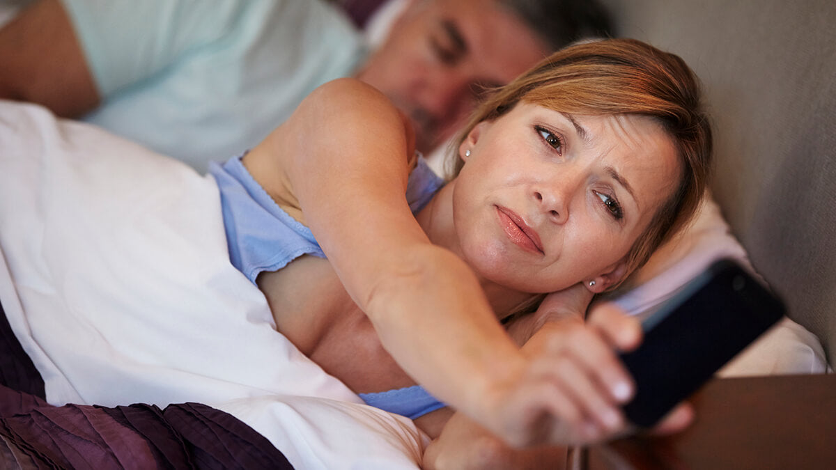 Sleep problems are one of the menopause symptoms that can lead to others like hot flashes or even fluctuations in mood.