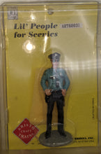 Load image into Gallery viewer, Aristo-Craft 62010 Public Safety Uniformed Figures 4 pcs Set NEW