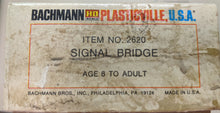 Load image into Gallery viewer, Bachmann Signal Bridge 2620 HO-scale