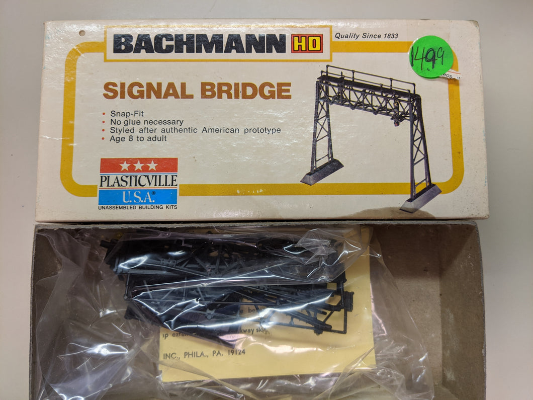 Bachmann Signal Bridge 2620 HO-scale