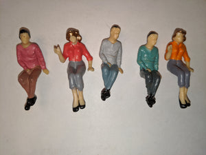 G-scale Lot Figures SC-300