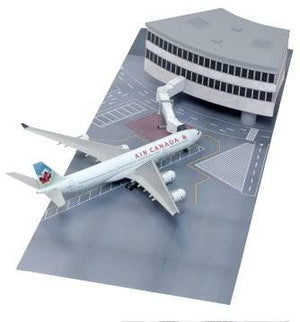1/400 Airport Terminal Section with Air Canada A340-500 (Curve Terminal Section)