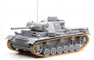 Cyber Hobby Exclusive DR06616 - 1/35 Sd.Kfz.141/3 Pz.Kpfw.III (FL)
