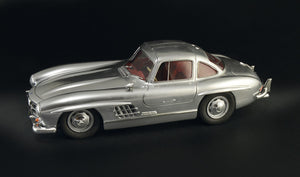 1/16 Mercedes-Benz 300SL Gullwing