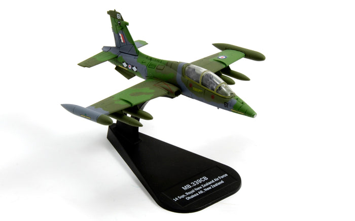 1/100 MB.339CB  (Diecast Model)
