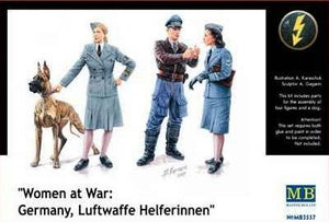 "1/35 ""Women at War: Germany, Luftwaffe Helferinnen"""