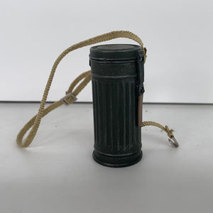 1/6 Dragon Action Figure Parts - German Gas Mask Case