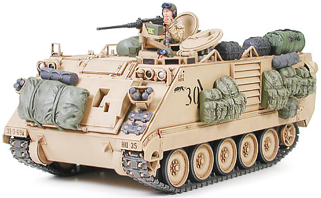 1/35 U.S. M113A2 Armored Personnel Carrier Desert Version