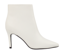 Load image into Gallery viewer, White Heeled Bootie