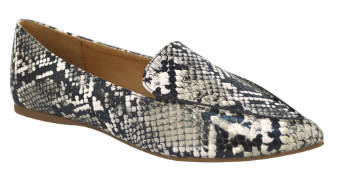 Pointy Skin Loafer