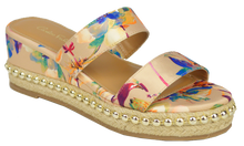 Load image into Gallery viewer, Floral Studded Platform Sandal- Nude