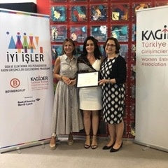 Accouchée at the completion of İyi İşler; a Bank of America Merrill Lynch, Turkish Women Entrepreneurs Association & Boyner Holding program for women entrepreneurs