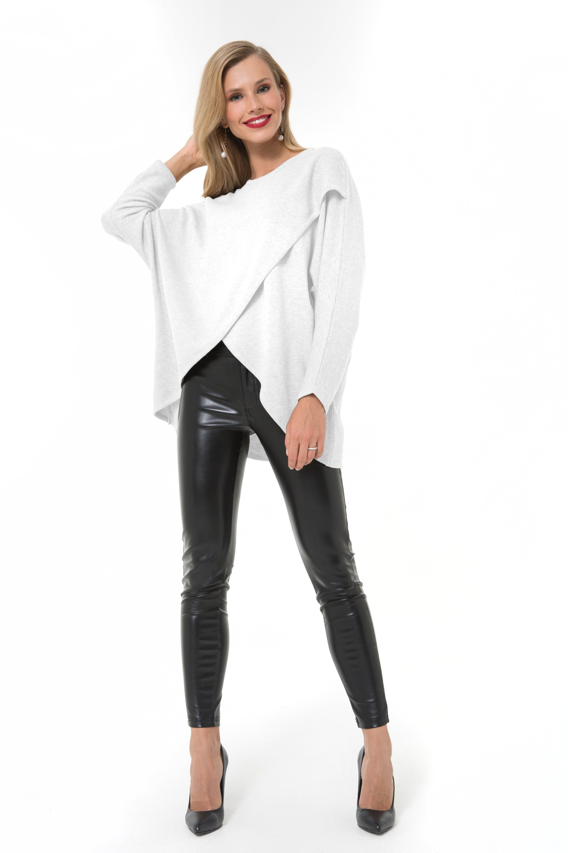 Accouchee Let Loose White Knitwear 01