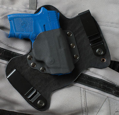 Bodyguard 380 Smith and Wesson Black Leather