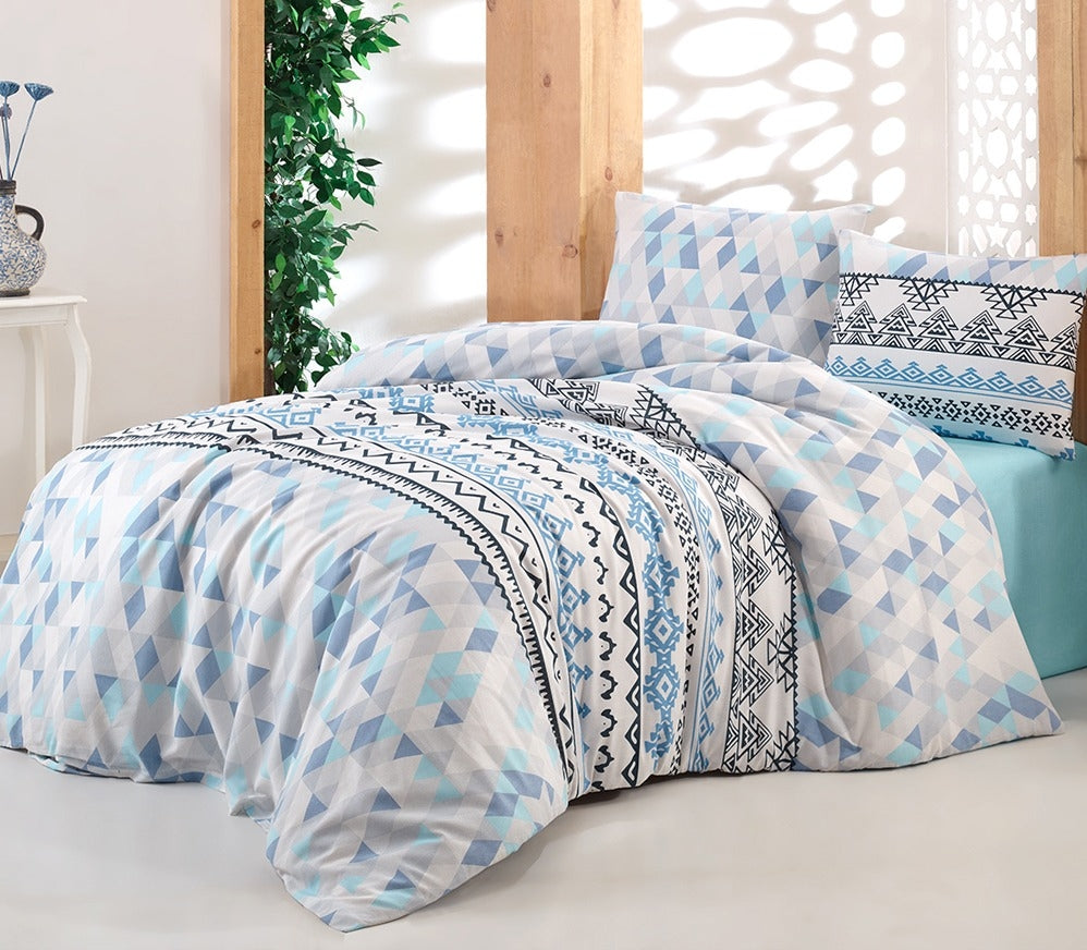House of Hampton Aria Blue Reversible Duvet Set Queen (78