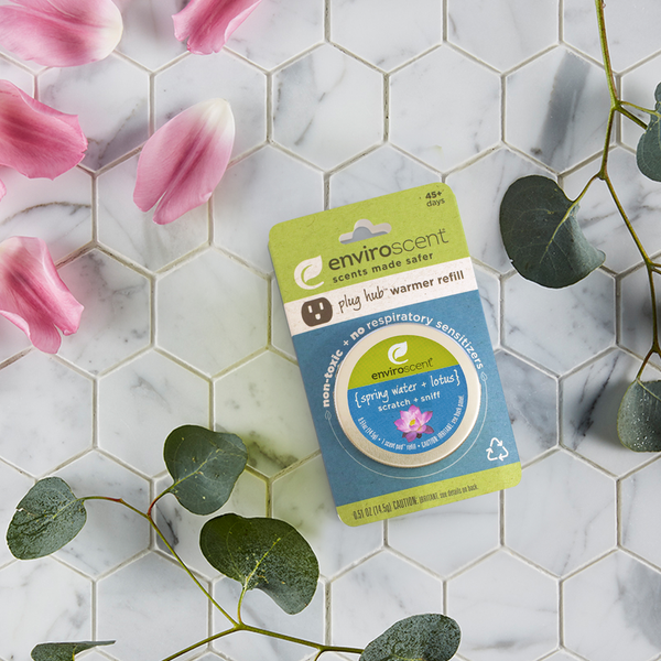 plug hub™ scent pod™ refill with spring water + lotus scent cues